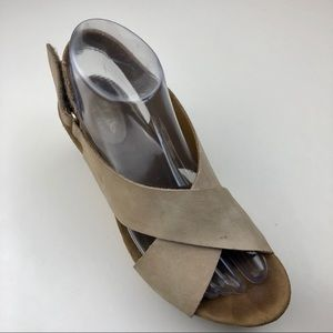 CLARKS • Wedge shoes